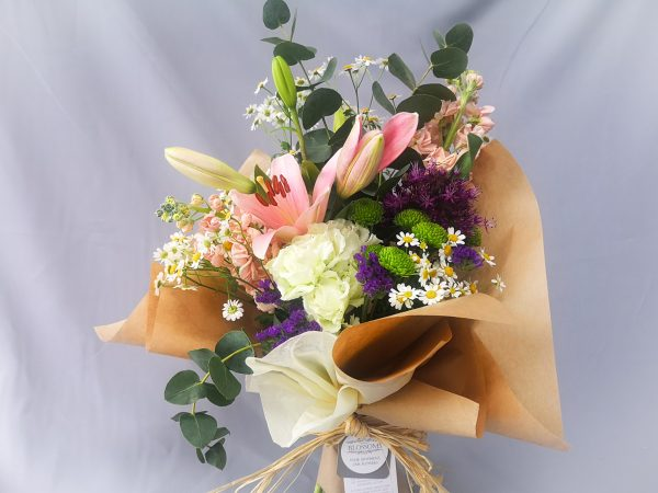 traditional, classic, flowers, bouquet, florist, ballina, mayo
